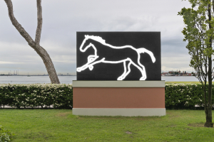2. Julian Opie. Galloping Horse. 2012. LED. Installation view. San Clemente, Venice